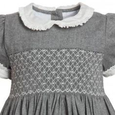 Grey Hand-Smocked Dress n Little Girl Outfits, Little Girl Dresses, Kids Outfits, Smocking Plates, Smocking Patterns, Punto Smok, Girls Smocked Dresses, Smocking Tutorial, Pretty Little Dress