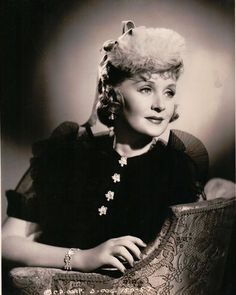 billie in the Hooray For Hollywood, Golden Age Of Hollywood, Old Hollywood, Hollywood Images, Billie Burke, Alice White, Kay Francis, Glinda The Good Witch, Musical Film