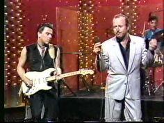 Fabulous Thunderbirds - Tonight Show 1987 Tuff Enuff & Wrap It Up - YouTube