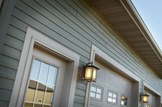 Diamond Kote Chestnut Siding On A Renovated Ranch Style House Duoblend Premium Collection