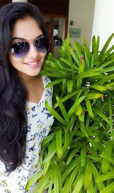 Asian Girl, Sunglasses Women, Hot, Fashion, Asia Girl, Moda, Fashion Styles, Fashion Illustrations