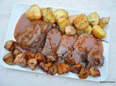 Friptura inabusita de vita cu sos de vin, rosii si legume la cuptor Carne, Pork, Meat, Kale Stir Fry, Pigs