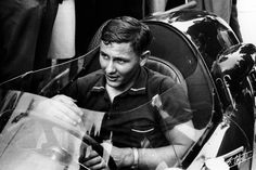 Bruce McLaren 1958 Can Am, Sports Car Racing, Race Cars, Formula Renault, Bruce Mclaren, Mclaren Cars, One Championship, Racing Events, Vintage Race Car
