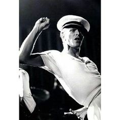 Arm beauty. Hey Sailor. #davidbowie #bowie #davidrobertjones #bowielove #starman #stardust #ziggy #ziggystardust #thethinwhiteduke #lovebowie #davidbowietribute #bowietribute #davidbowieforever #bowieforever #beautifulbowie #sexybowie #aspectsofbowiebeauty #bowiearms #sailorbowie