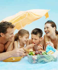 5 Best beach snacks: http://www.goodhousekeeping.co.za/en/2012/11/five-best-beach-snacks/