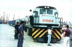 #FEPASA O primeira trem carregado de contêineres da Fepasa saiu do porto de Santos rumo a Presidente Epitácio, em 1995!!! Foto: Rafael Herrera
