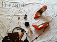 #PANTOF #flatlay #heels #red #buisnessday #buisnessshoes #leather #handmade #handmadeshoes https://m.facebook.com/pantof.net/