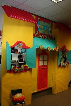 Forest Glen Hispanic Festival Bulletin Boards - 2007 School Hallway Decorations, Class Decoration, Spanish Activities, Holiday Activities, Classroom Design, Classroom Themes, Spanish Projects, Spanish Classroom, Teaching Spanish