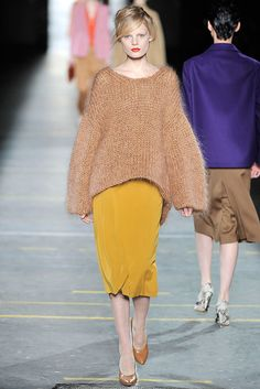 hanne in dries van noten chunky knit