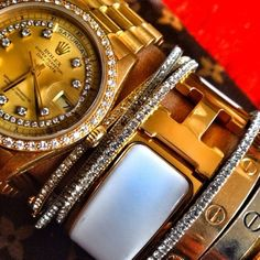 Stack!!! A Texas girl loves a good Rolex, diamonds of course and I'm pretty sure she likes Hermes and Cartier too!