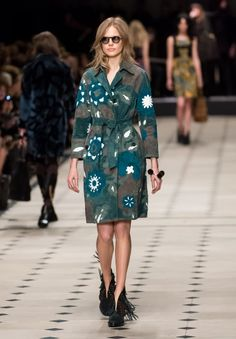 The Best Looks From London Fashion Week Fall 2015 love the coat! =)