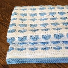 #crochet #babyblanket #bluewhite #crochetbabyblanket #babythrow #crochetforbaby #crochetnewborn #newborn #babyshowergift #itsaboy #handmadeblanket #handmade #crochetlover #littleasiagirl #etsy