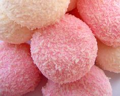 Hostess Snowballs | One of my all time favorite guilty pleasures..... Hostess Snoballs.