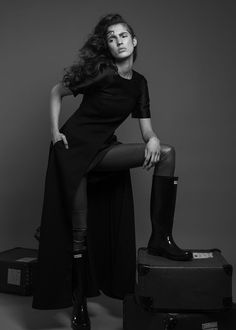 PUBLICATION - ROMANTIC RIOT for Institute Magazine Photography: Romy Klokkers Model: Nadine Ammeraal | Elite Model Management Amsterdam Styling: Santusha J. Oward | fashionSjow Hair & Make-up: Hanan Chahid https://institutemag.com/2017/08/07/romantic-riot/