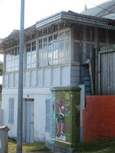 Une vieille maison à Nouméa - Nouvelle Calédonie par Claudie Garnier