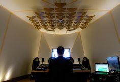 spitfire (fron view) / recording studio