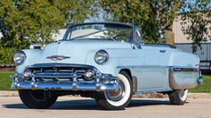 Periodic vehicle maintenance, which is of great importance for driver and passenger safety, has a positive effect not only on safety but also on the performance of the car provided … Chevrolet Bel Air, 1954 Chevy Bel Air, Classic Chevrolet, Vintage Bikes, Vintage Cars, Cadillac, Chicago, Bel Air Car, Convertible