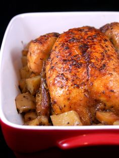 Poulet rôti et ses pommes de terre - Nice and simple, perfect for when planning to make broth with the carcass