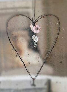 I just bought a wire heart like this with a key on it, it's actually a picture frame. I love it! Heart Day, I Love Heart, With All My Heart, Happy Heart, Love Is All, Wire Crafts, Wire Art, Be My Valentine, Heart Shapes