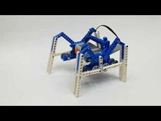 A spider robot made with LEGO 9686 Machine&Mechnism. The gummy robot is an robot, which is actually a robot. Lego Technic, Lego Mindstorms, Lego Design, Robot Design, Lego Engineering, Lego Nxt, Spider Robot, Lego Wedo, Lego Machines
