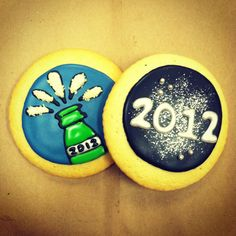 Glittery New Year's Eve cookies