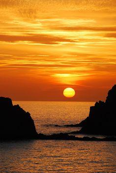 Puesta de sol en Cabo de Gata by Gabriele Asnaghi on Flickr.