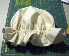 Patti's Place: Tutorial-Mop Cap (pinning for personal reference- Doll Costume for Halloween) Sewing Hacks, Sewing Crafts, Sewing Projects, Bonnet Pattern, Free Pattern, Little Miss Muffet Costume, Victorian Costume, Doll Costume, Sewing For Kids