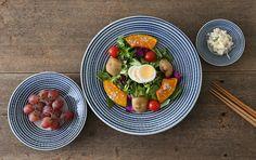 「馬場商店」も波佐見町で作られています。歴史、伝統、職人技から生み出される陶磁器は、現代の生活にそっと寄り添うようなデザインはどんなシーンでも活躍してくれます。 Cobb Salad, Clean Eating, Meals, Breakfast, Tableware, Porcelain, Food, Morning Coffee, Eat Healthy