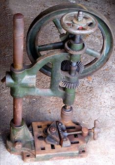 Mancuna Lathes, Drills & Key Cutters