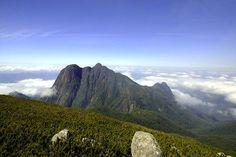 Parque Estadual Pico Paraná. Municípios de Campina Grande do Sul e Antonina, Estado do Paraná. Foto: SEMA. Informações: Telefone: (41) 3213-3776. Entrada: Gratuita. http://www.iap.pr.gov.br/modules/noticias/article.php?storyid=748
