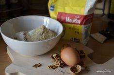 Svatomartinské rohlíčky - brydova.cz Dog Bowls, Diy And Crafts, Oatmeal, Breakfast, Food, The Oatmeal, Morning Coffee, Rolled Oats, Essen
