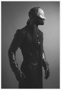 Quill-school Penitent, from the Walkers [Nelson Lisboa] Dark Fashion, Fashion Art, Editorial Fashion, Trendy Fashion, High Fashion, Mens Fashion, Fashion Design, Gothic Fashion, Cyberpunk Mode