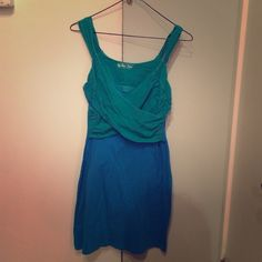 Victoria's Secret 36D Bra Top Green/Blue Dress This Victoria's Secret dress is unbelievably comfortable and super cute! The inset bra gives the dress an awesome shape, and the cotton is breathable. Like-new! 36D top. Victoria's Secret Dresses Mini