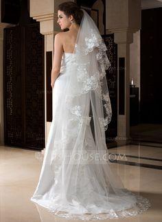 Voiles de mariage - $22.99 - 1 couche Voiles de mariée cathédrale avec Bord en dentelle (006036776) http://jjshouse.com/fr/1-Couche-Voiles-De-Mariee-Cathedrale-Avec-Bord-En-Dentelle-006036776-g36776