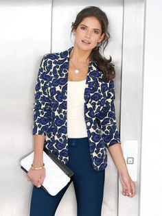 Americana mujer manga larga estampado cachemira Ethnic Fashion, Work Fashion, Womens Fashion, Blazer Floral, Style Casual, My Style, Cool Outfits, Casual Outfits, Style Ethnique