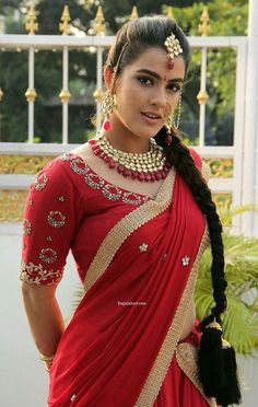 50 Stunning High Quality Images of Indian Girls in Saree! Beautiful Girl Indian, Beautiful Hijab, Beautiful Indian Actress, Beautiful Actresses, Desi Bride, Beauty Full Girl, Beauty Women, Saree Wearing Styles, Saree Styles