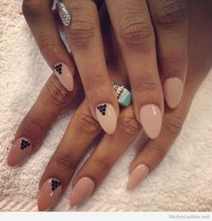Almond shaped nails with black details
