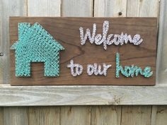 READY TO SHIP Welcome to our home string art von HandMakerie - Geschenke - Arte Contemporáneo String Art Templates, String Art Tutorials, String Art Patterns, Nail String Art, String Crafts, Diy Arts And Crafts, Diy Crafts, Family Wood Signs, Thread Art