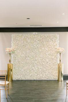 Flower Wall Wedding, White Wedding Flowers, Cream Flowers, Silk Flowers, White Flowers, Beautiful Flowers, Wedding Stage, Wedding Ceremony Decorations, Wedding Decor