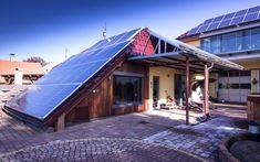 Sauna Klafs instalovaná v přístavbě domu Sauna, Solar Panels, Outdoor Decor, Home Decor, Sun Panels, Decoration Home, Solar Power Panels, Room Decor, Home Interior Design