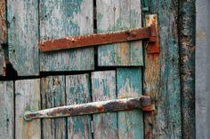 Barn Door Hinges, Cefndyrys