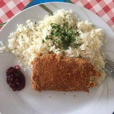 Tökéletes rántott sajt Grains, Rice, Food, Essen, Meals, Seeds, Yemek, Laughter, Jim Rice