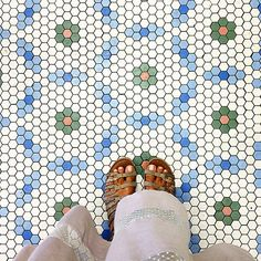 Love this tile design!!