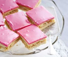 Pink Slice with Strawberry Jam Pastry Recipes, Baking Recipes, Cake Recipes, Dessert Recipes, Meringue Desserts, No Bake Desserts, Finnish Recipes, Pastry Cake, Recipes From Heaven