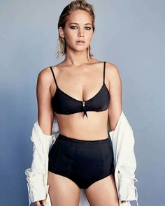Jennifer Lawrence Admits She Doesn't Meet Many Men She Wants to Date - Truth be told about celebrities Jennifer Aniston, Pelo Jennifer Lawrence, Jennifer Lawrence Photos, Actrices Sexy, Beautiful Celebrities, Beautiful Actresses, Beautiful Women, Jennifer Laurence, Hollywood Girls