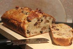 Walnut & Raisin Bread Healthy Snacks, Healthy Eating, Breakfast Healthy, Healthy Recipes, Clean Eating, Natural Born Feeder, Come Dine With Me, Raisin Bread, Paleo Bread