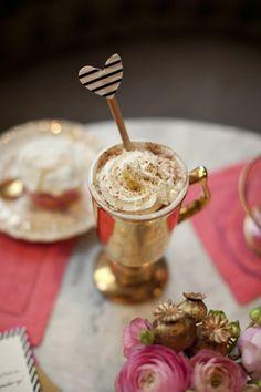love this gold mug & heart stirrer