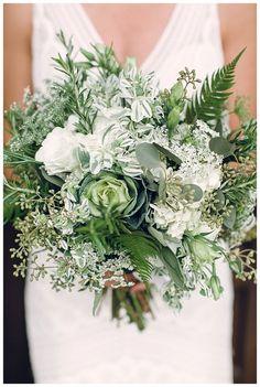 Llénate de inspiración con estos ramos de novia http://blog.higarnovias.com/2016/06/03/llenate-de-inspiracion-con-estos-ramos-de-novia/ #Entrebastidores