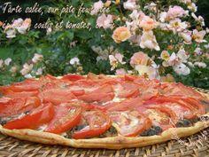 Tarte salée, épinards, comté, coulis, tomates, crème, sur pâte feuilletée maison *Plat, entrée ou mises en bouche* Jaclyne www.cuisineetgourmandise.fr