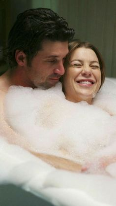 Grey's Anatomy: 9 Times Derek and Meredith's Relationship Made Us Sob Greys Anatomy Derek, Greys Anatomy Frases, Greys Anatomy Couples, Greys Anatomy Cast, Grey Anatomy Quotes, Derek Shepherd, Patrick Dempsey, Thomas Brodie Sangster, Meredith Y Derek